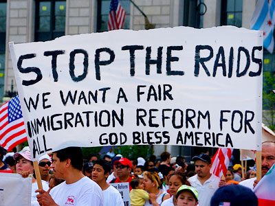 stop-immigration-raids1